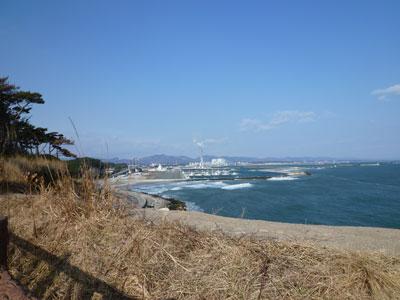 反対側も海。