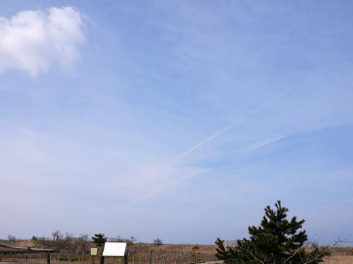 ( 飛行機雲♪ )